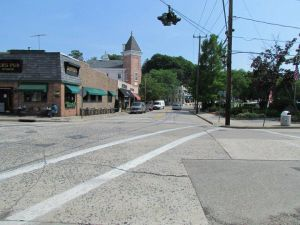 Skippers Pub Looking South Down Woodbine Ave & Mai